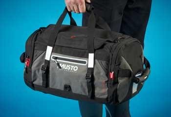 MUSTO CREW BAG SMALL